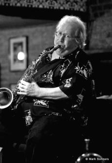 Gary Herbig, sax– © Mark Sonners